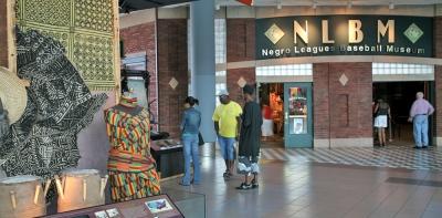 negro-leagues-baseball-museum_024_la